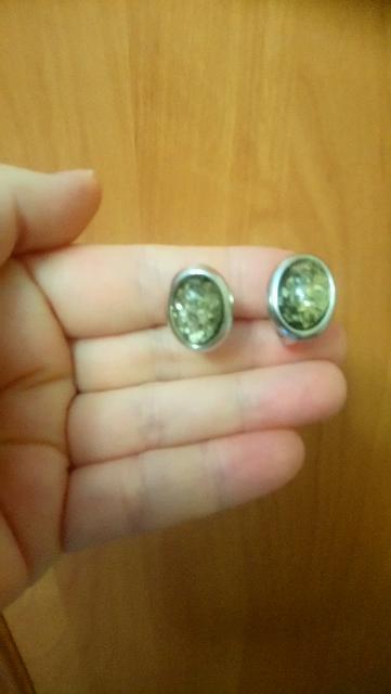Серьги с зелёным янтарем.
