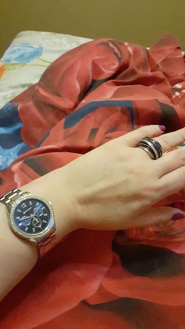 Часы наручные со стразами