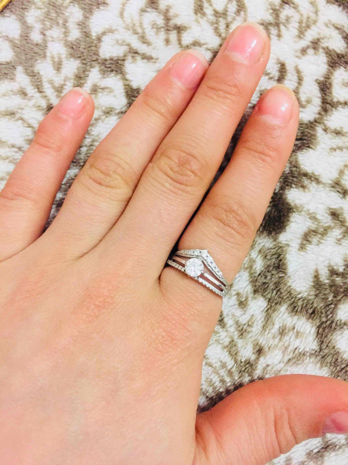Кольцо, ветавка; фианит;  серебро 925 пробы;