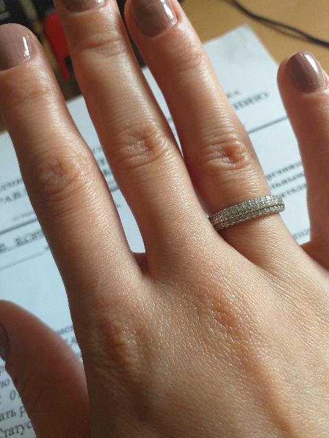 Красивое и нежное кольцо