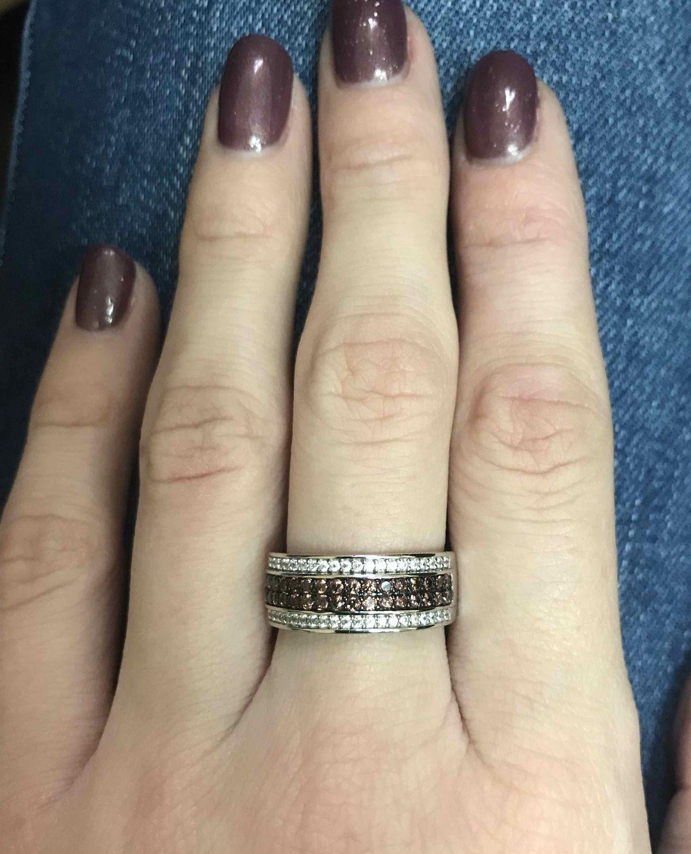 Яркое кольцо.