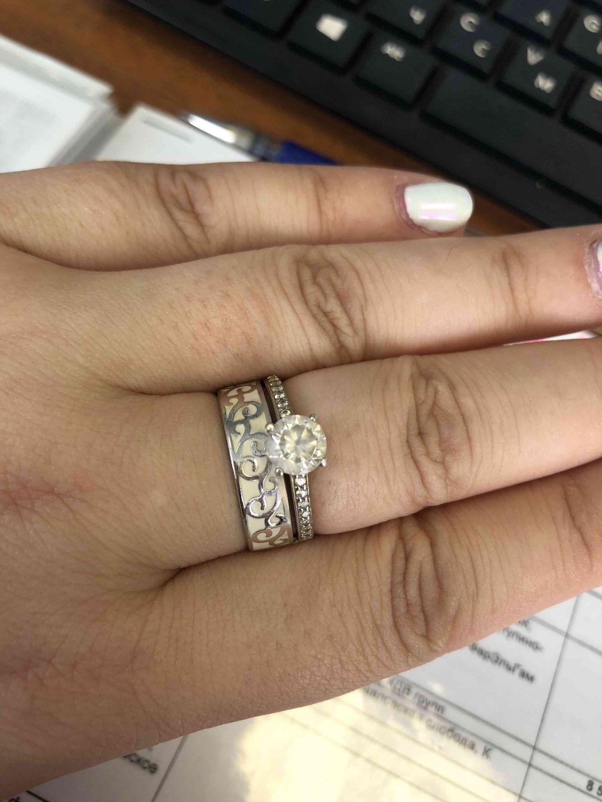 Влюбленна в это кольцо!