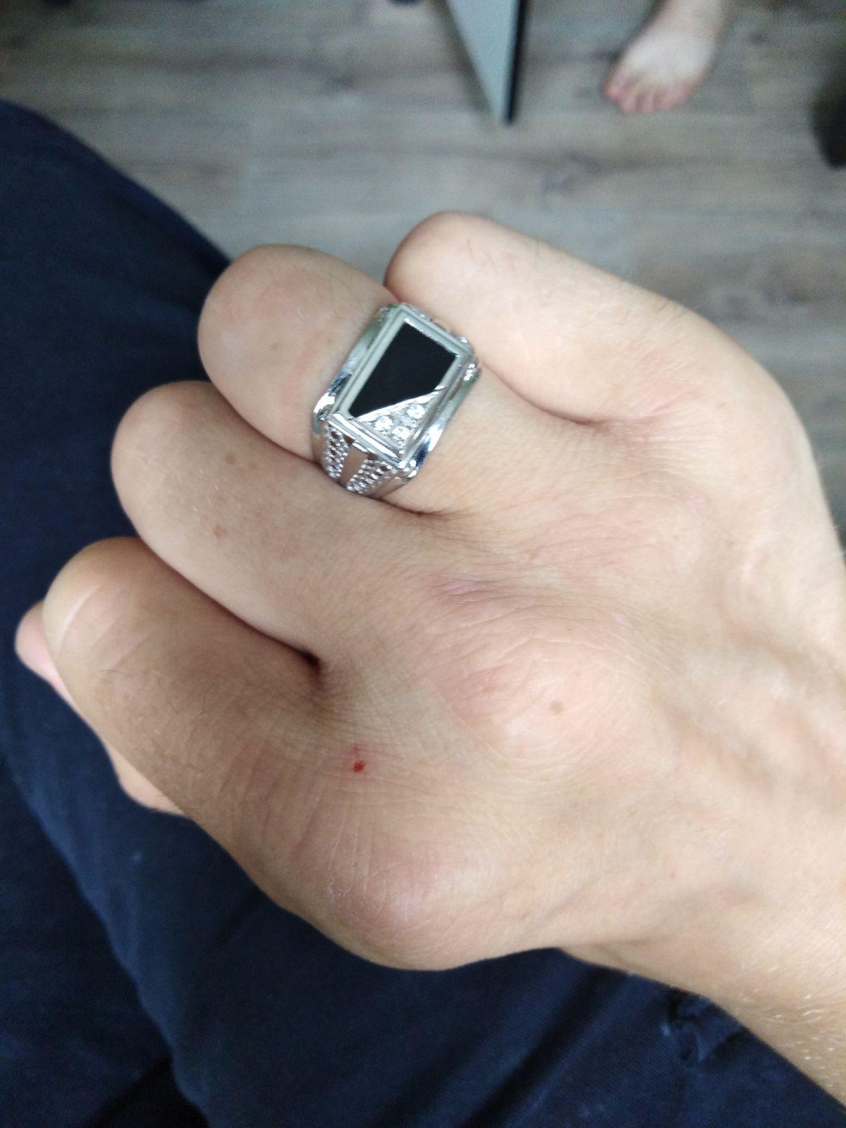 Шикарное кольцо ))
